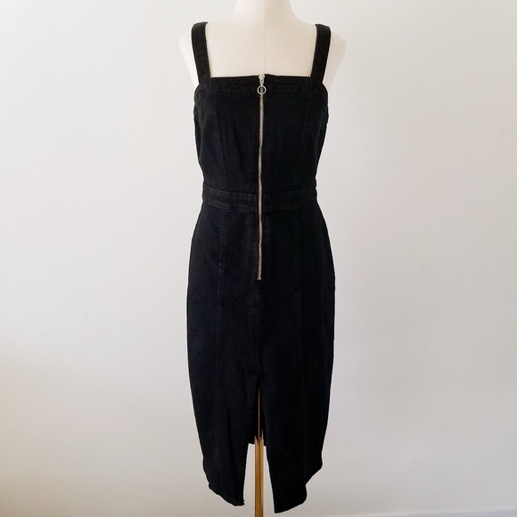69ccd4aa67 ZARA Black Denim Zip Up Midi Dress Pinafore Small.  M 5c35268b819e90784d5f65db